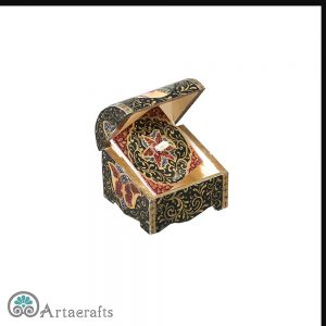 this is a picture of camel bone jewelry box