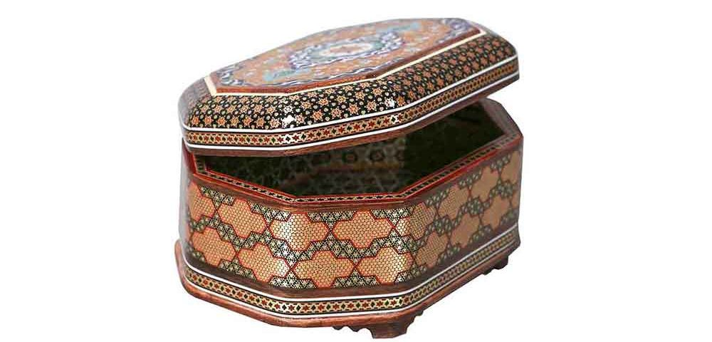 photo of inlay jewelry box