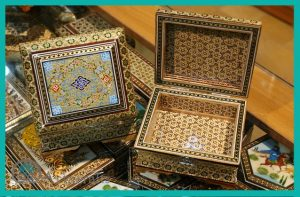 this is a picture of some boxes that decorating by inlay