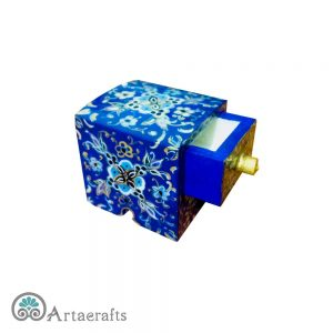 Small Jewelry Box Illumination Design